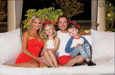 Erica and Jay along with their kids, Avery and London McGraw