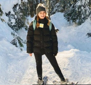 Andrea Brooks enjoying her holidays in a snowy place