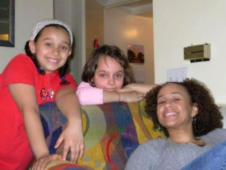 Shadia Simmons with her children