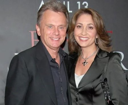 Pat Sajak and wife Lesly Brown Sajak