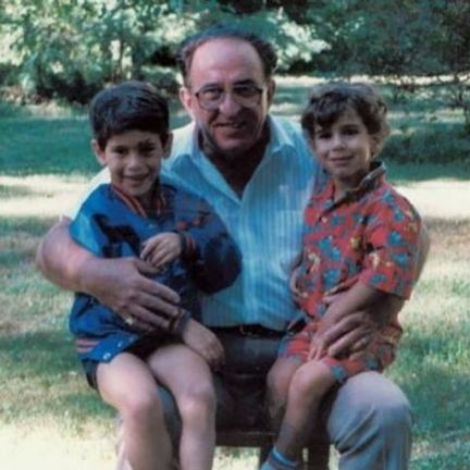 Scooter Braun's childhood picture with his brother and grandfather