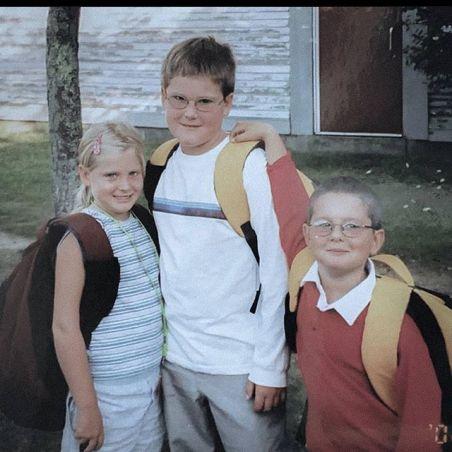 Ryan wiht his siblings
