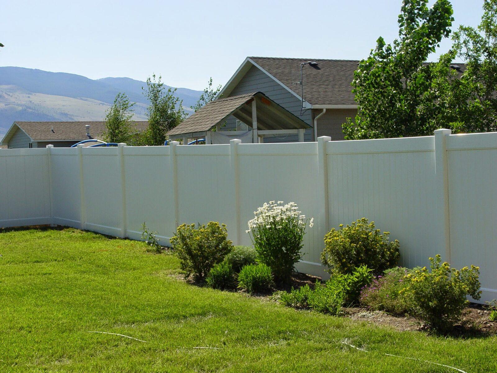 Vinyl Fence Products Spokane Vinyl Fencing Vinyl Fencing