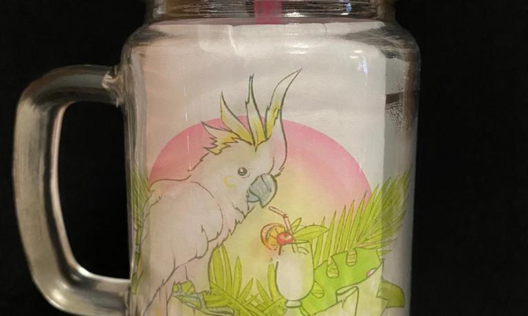 Cockatoo design   Glass Jam jar 400ml glasses with screw on lid and sealable hole for straw  Comes complete with hard washable plastic straw ( colour vary)  Image is lighter when empty ( shown with white paper inside )