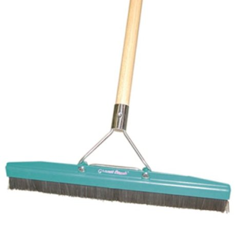 Grandi Groom Carpet Brush