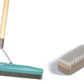 Brushes and Grooms