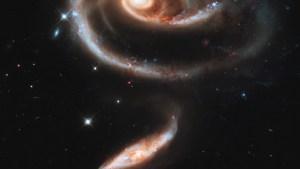 Galactic Collision hst_arp273