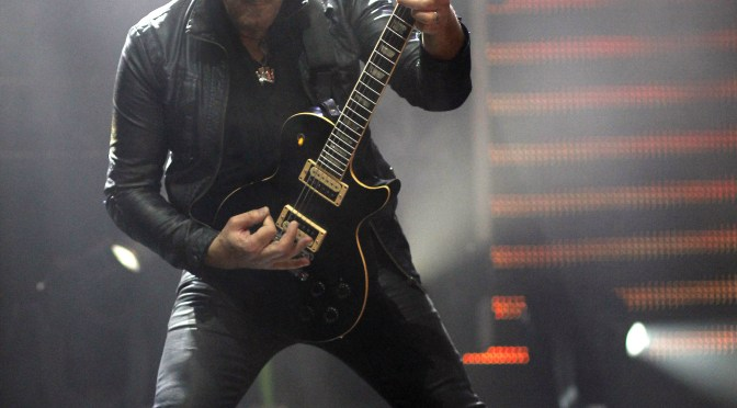 Vivian Campbell: Wendy Dio's Destroying Ronnie's Legacy With Tribute Band Dio Disciples