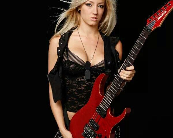 The Nita Strauss Syndrome