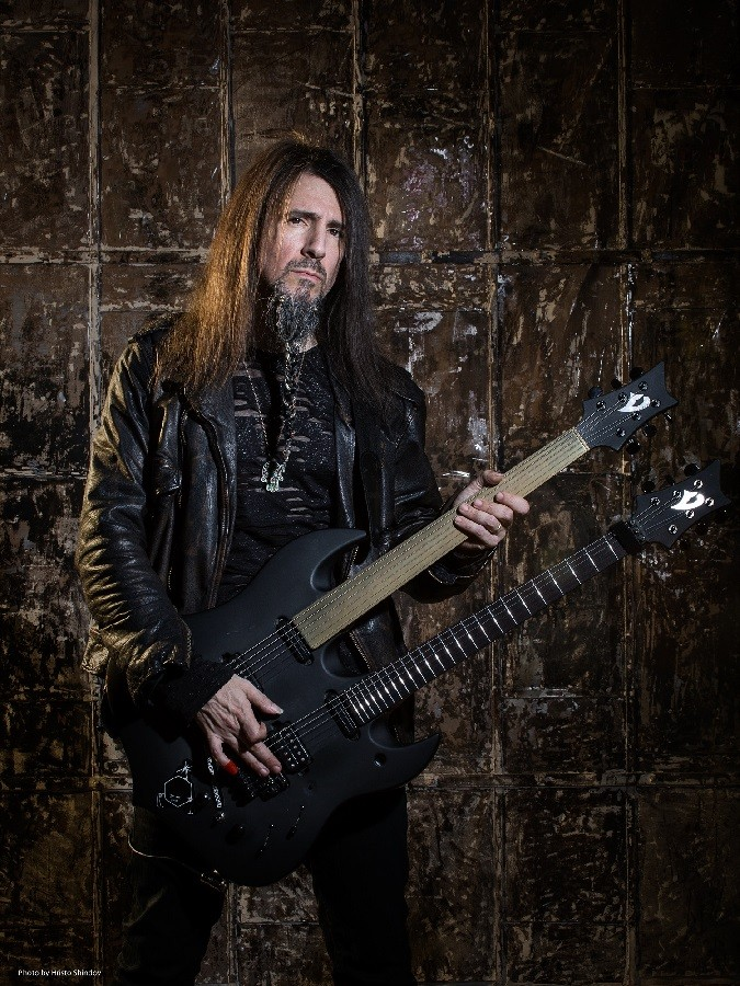 "Ron ""Bumblefoot"" Thal Discusses Sons Of Apollo And His Exit From Guns And Roses"