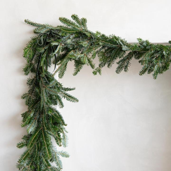 best sites for holiday decor