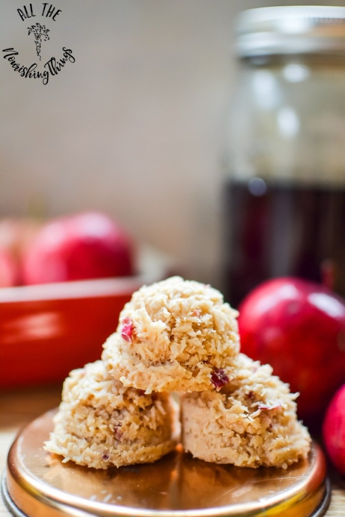 Paleo Maple Apple-Cinnamon No-Bake Treats