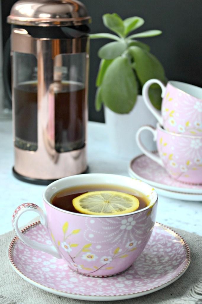 Anti-Inflammatory, Immune-Boosting, Mineral-Rich Get Through The Flu Tea