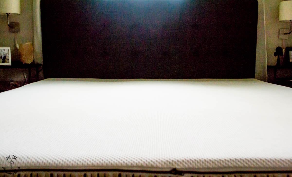 essentia's classic8 organic memory foam bed