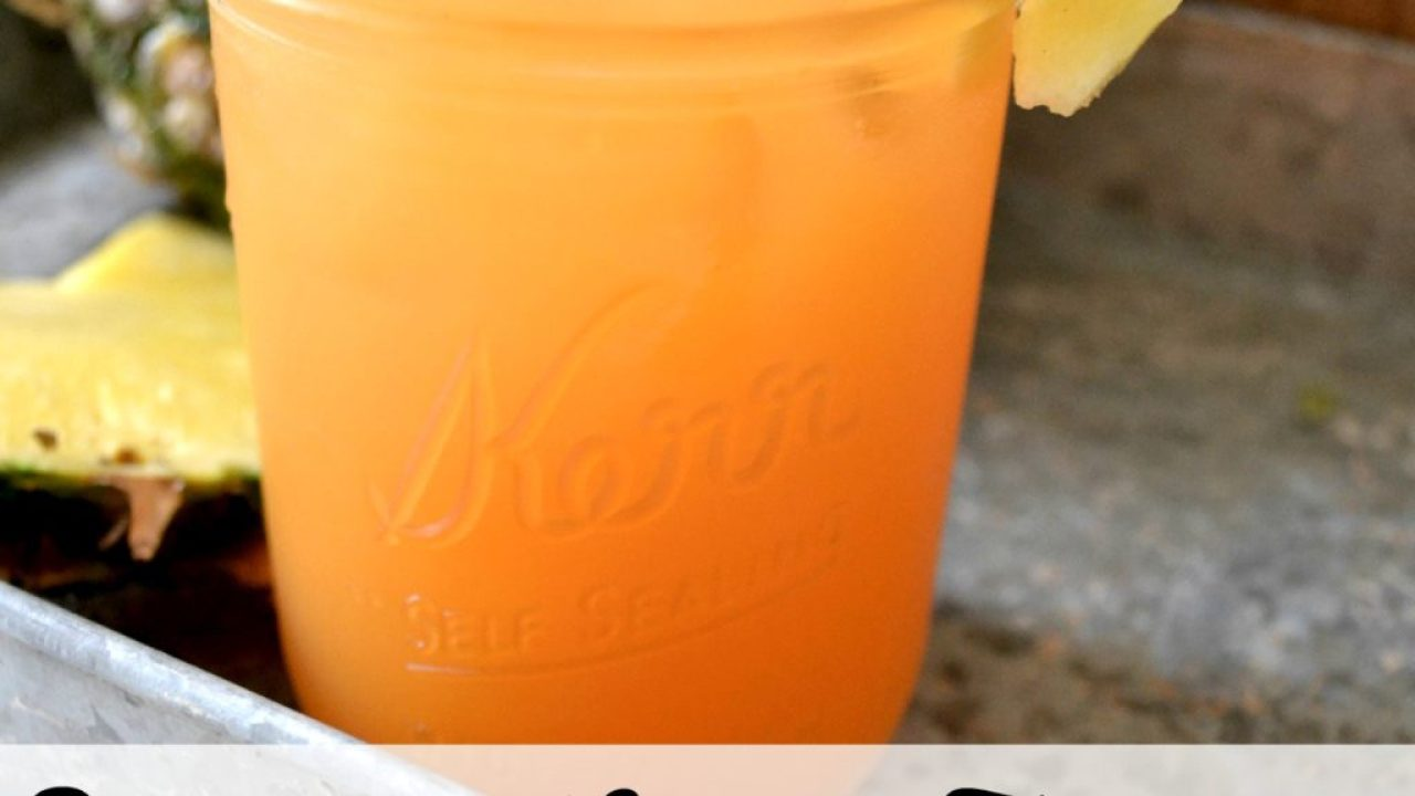 Best Period Drink Ever! {Pineapple-Carrot-Turmeric Spritzer}