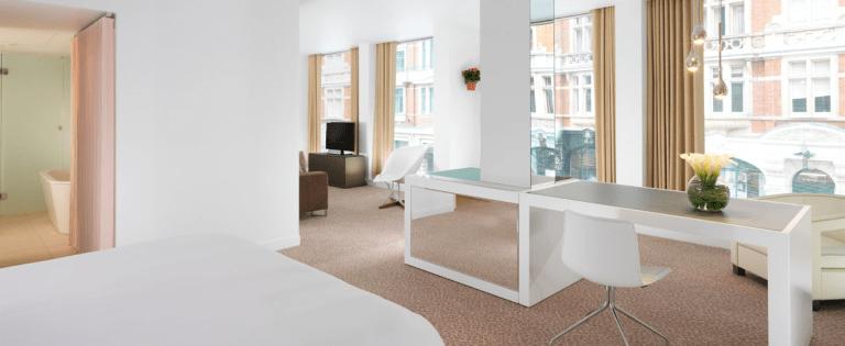 london-5-star-hotels-st-martins-2