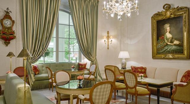 4 Luxury Hotels In Paris The Alltherooms Blog
