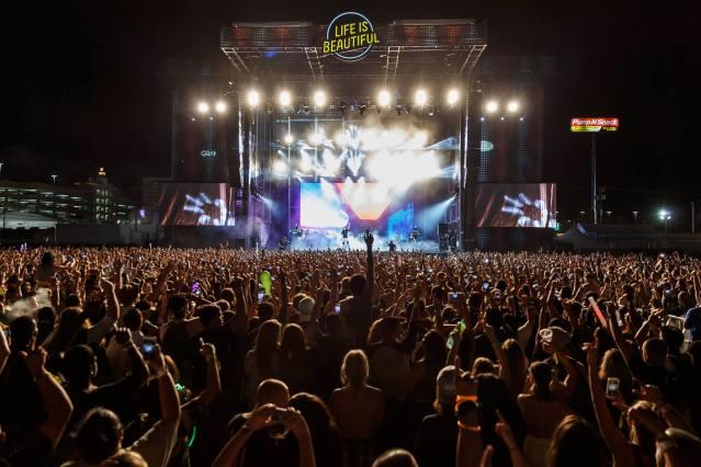 life is beautiful festival 2017