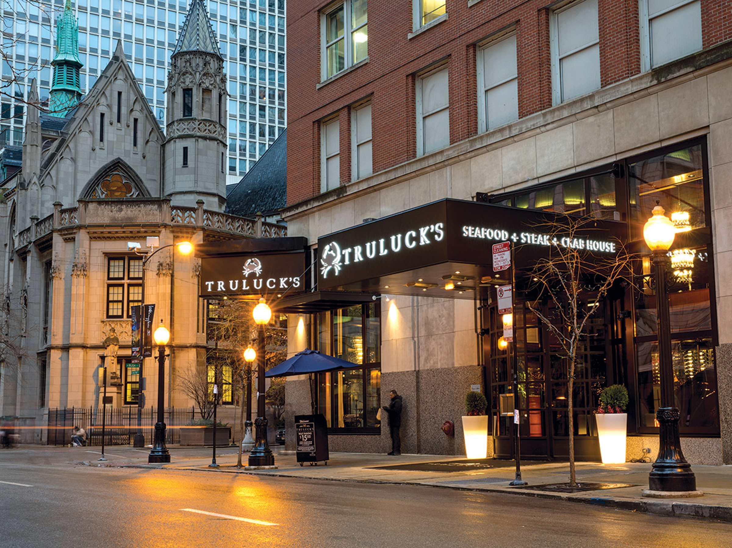 Truluck's: New Seafood Restaurant Docks in Chicago