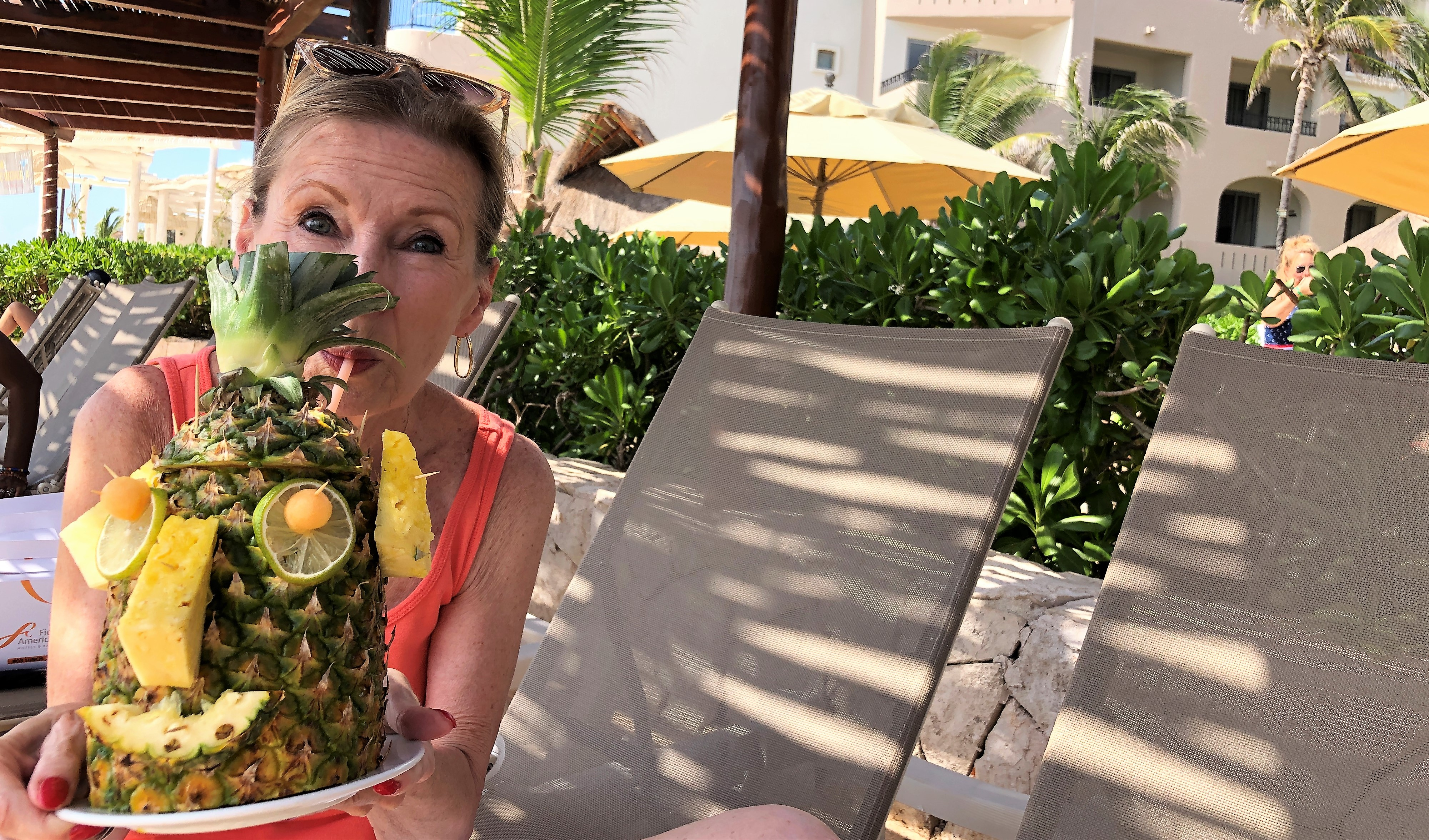 How to Carve and Decorate a Pineapple in Cancun