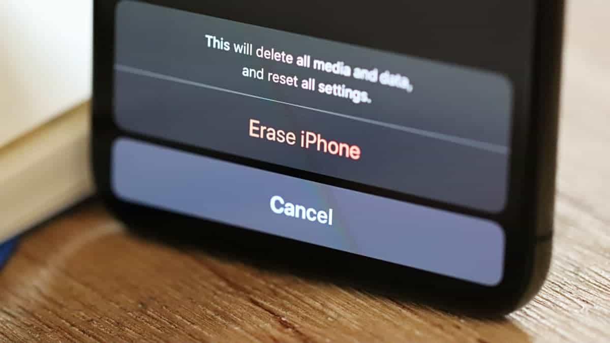Restore Erase Reset iPhone