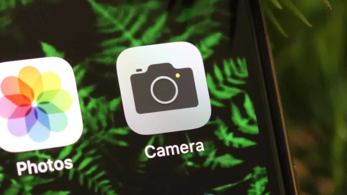 iPhone Camera app icon on the Home Screen