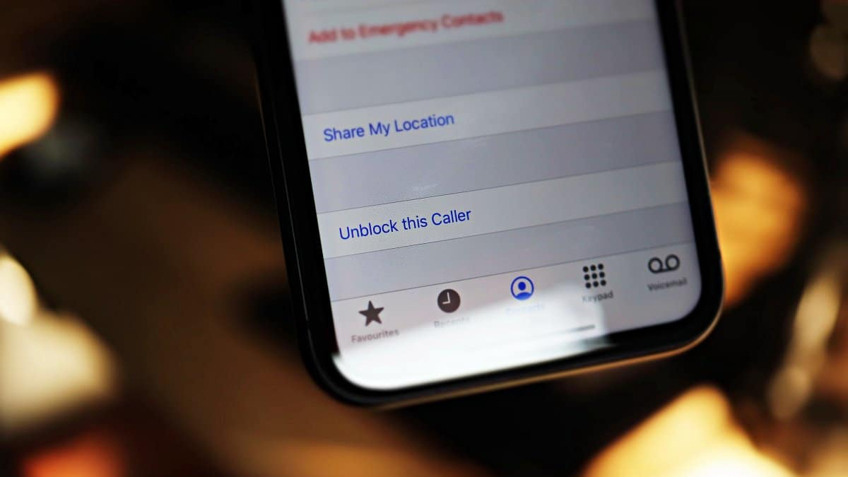 Unblock Caller iPhone