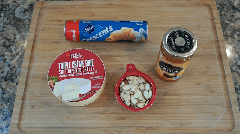 baked-brie-four-ingredients