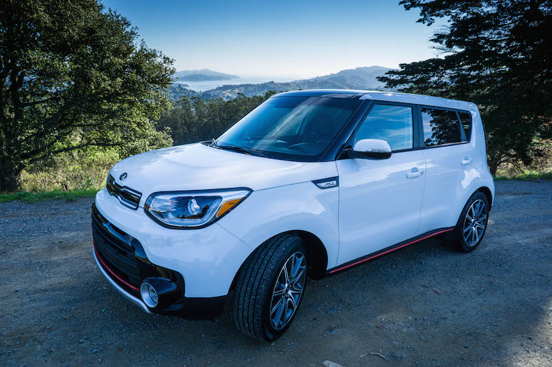 kia-soul-turbo-overlooking-san-francisco