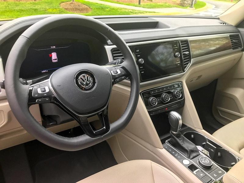 VW Atlas dashboard