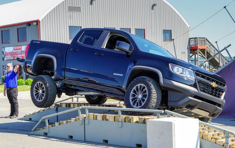 Chevy Colorado 4 wheeling