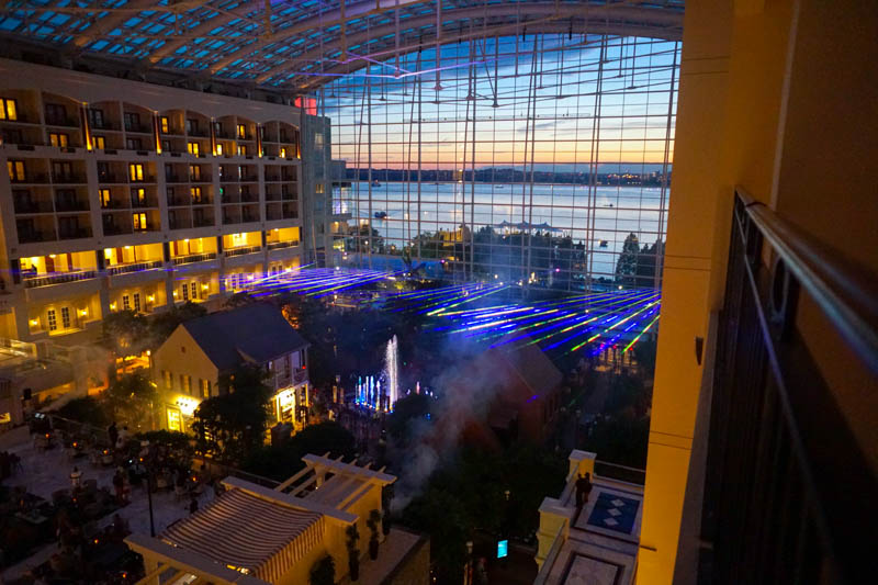 Gaylord National - American laser show