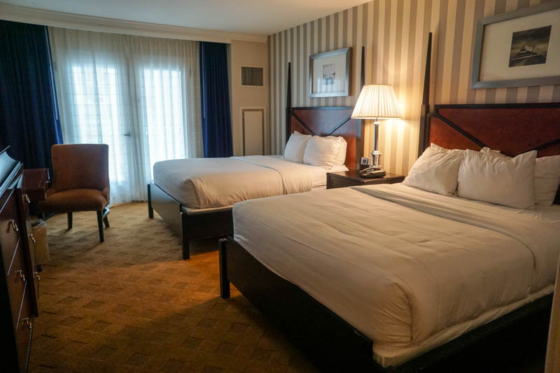 Gaylord National Harbor  Queen Room