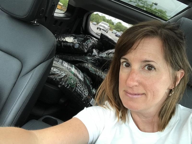 Hyundai Santa Fe - too much mulch