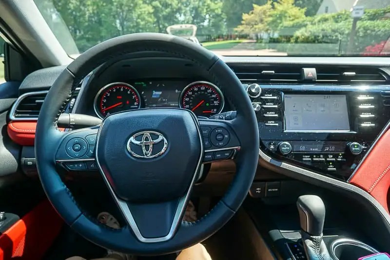 2018 Toyota Camry dash