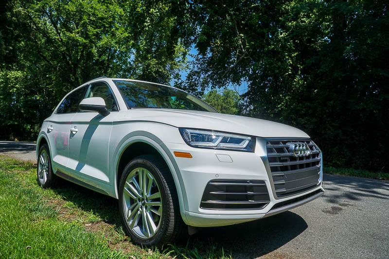 Audi Q5 - width is emphasized