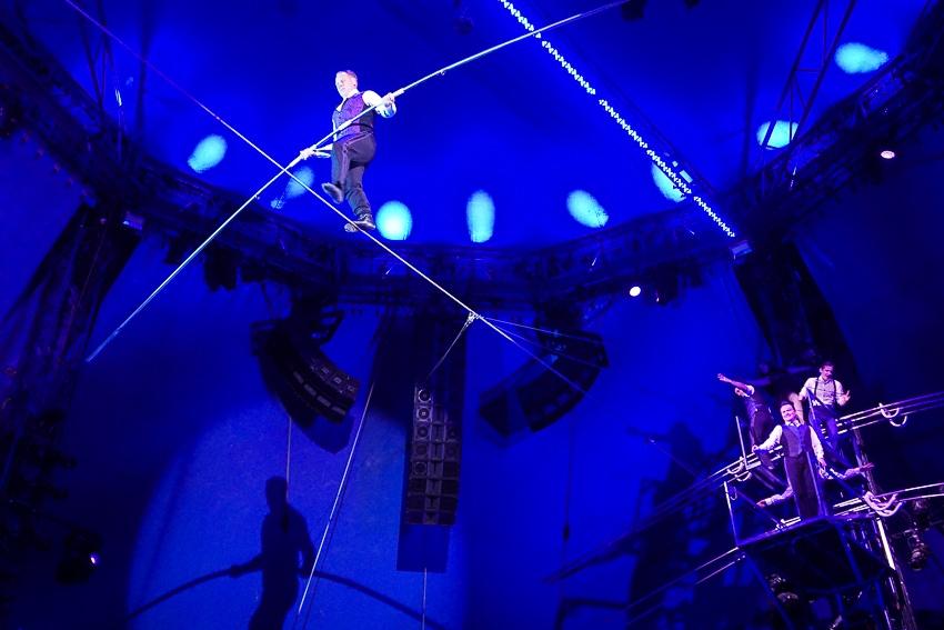 Nik Wallenda on the high wire at Big Apple Circus