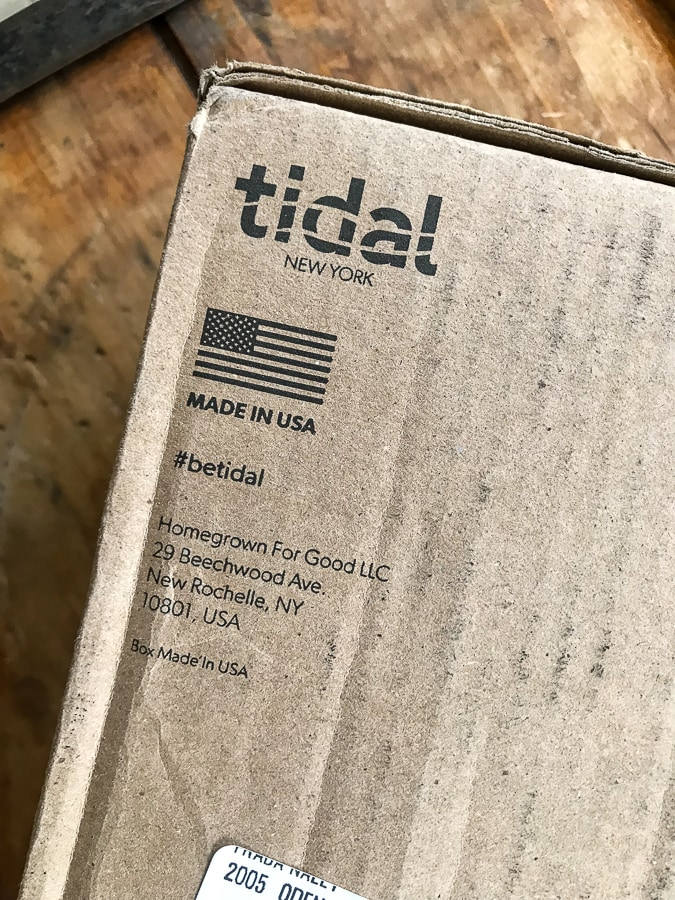 Tidal Flip Flops packaging