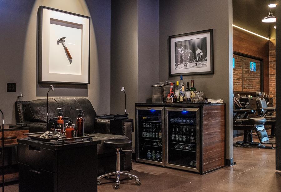 Hammer & Nails grooming salon