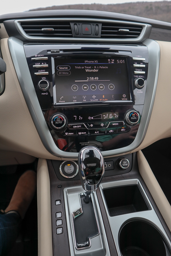 """Nissan Murano 8"""" Color Display with Multi-Touch Control"""