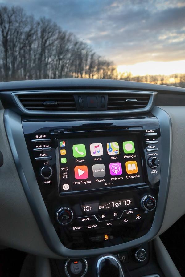 Nissan Murano Apple CarPlay