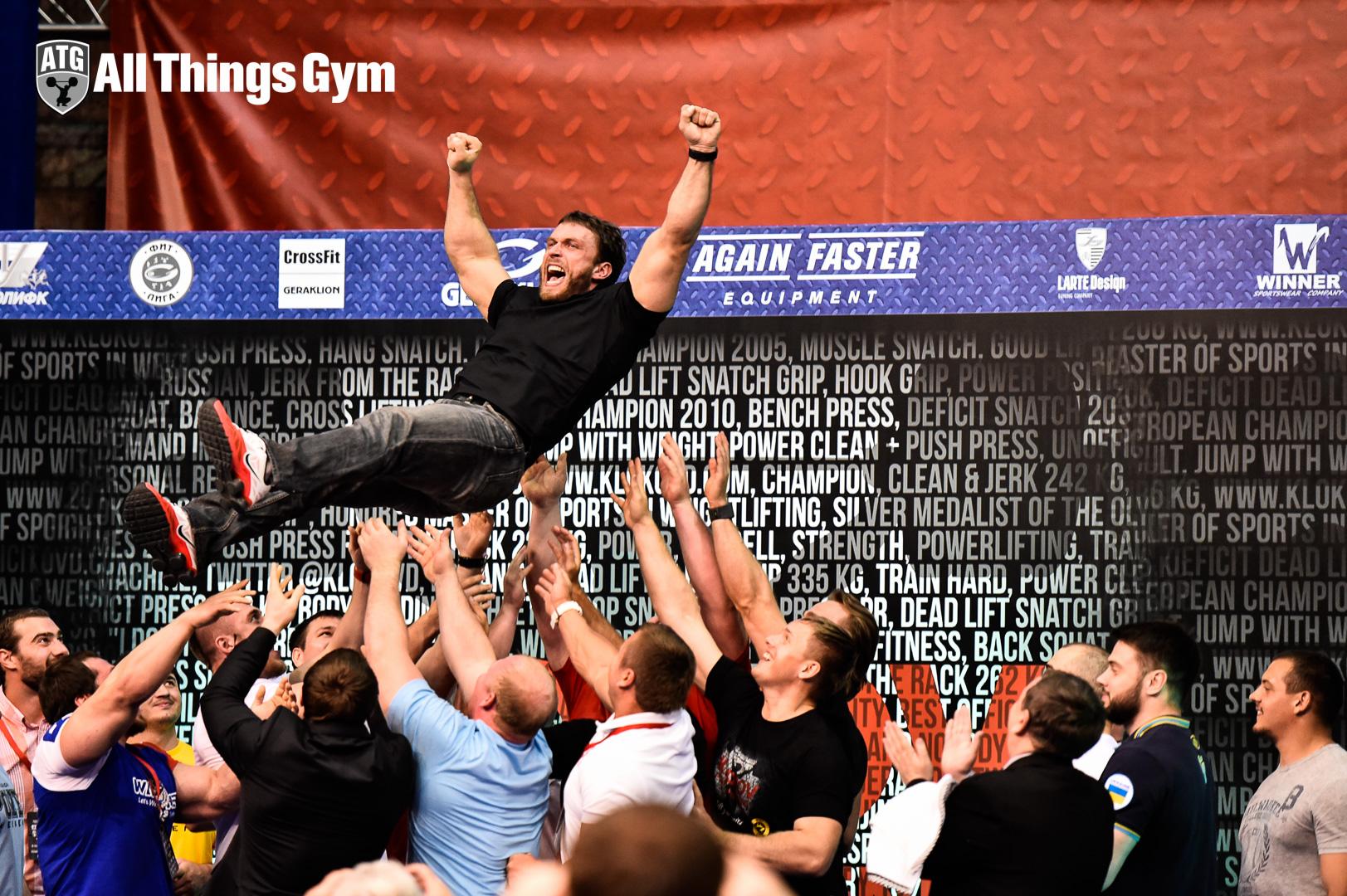 Dmitry Klokov Flying