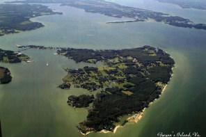 Gwynn's Island, Virginia. Aerial photo by Bob Tanner, July 2001. Used with permission. (Bob Tanner)