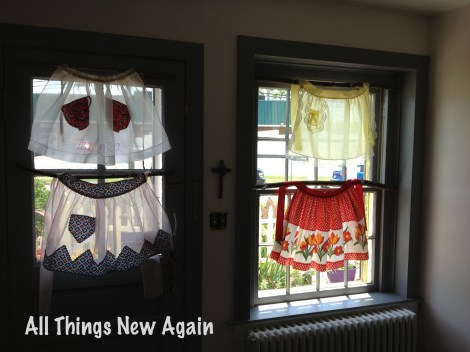 Kitchen apron curtains 1