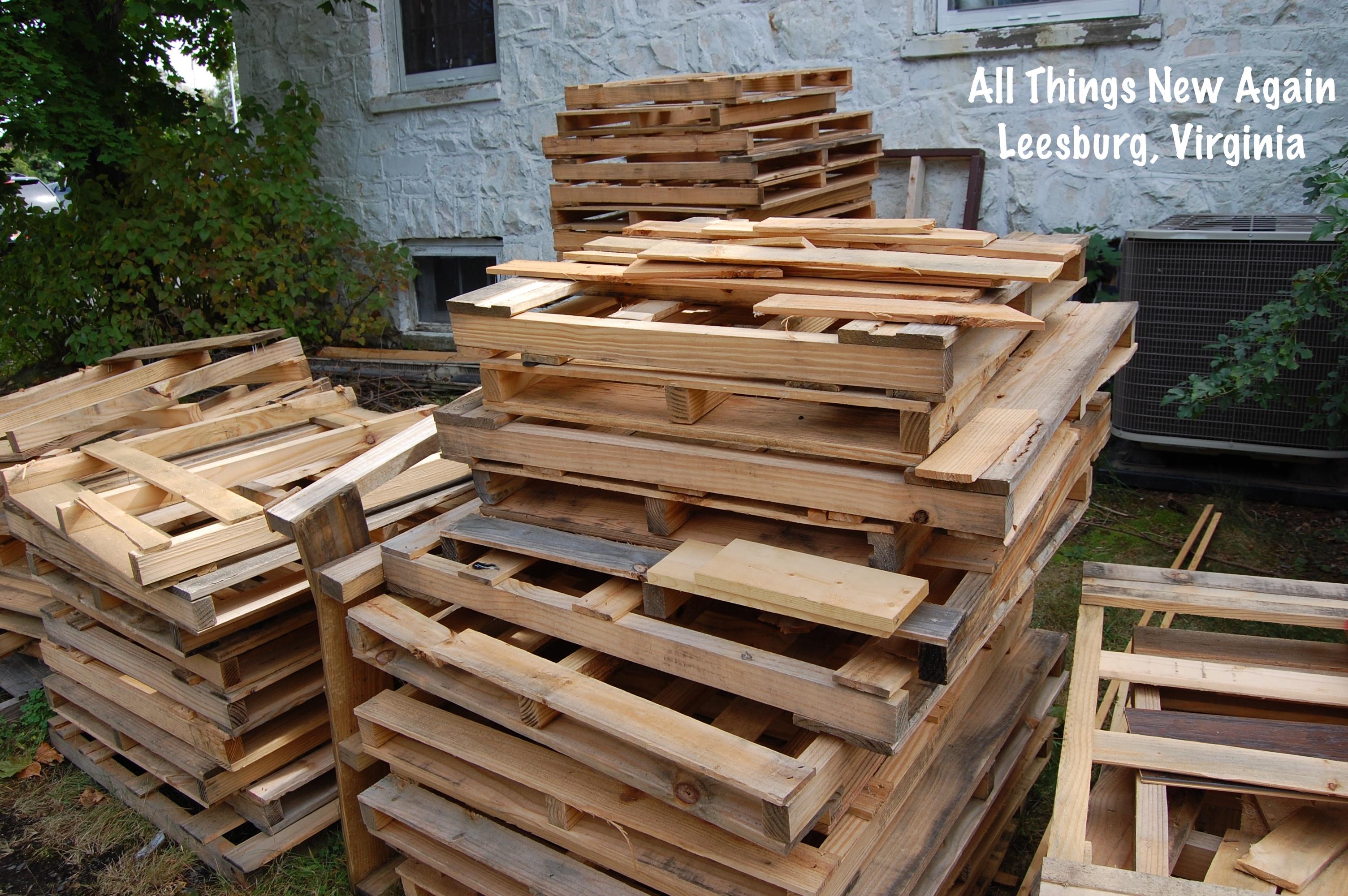DIY: Wood Pallet Tabletop | All Things New Again