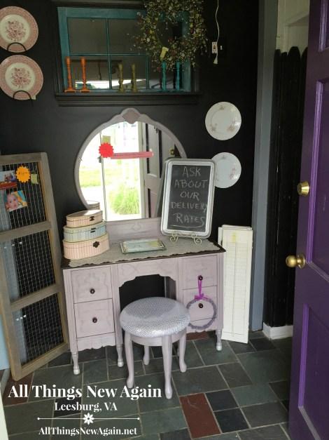 shop_purple vanity