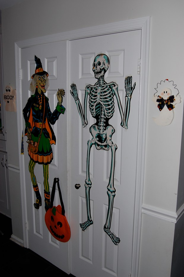 Halloween Home Tour   Vintage Halloween Decorations   All Things New Again