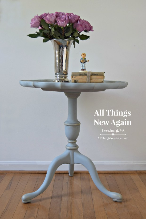 Painted Side Table | Painted Accent Table | Pie Crust Table | Dixie Belle Paint | Savannah Mist | All Things New Again