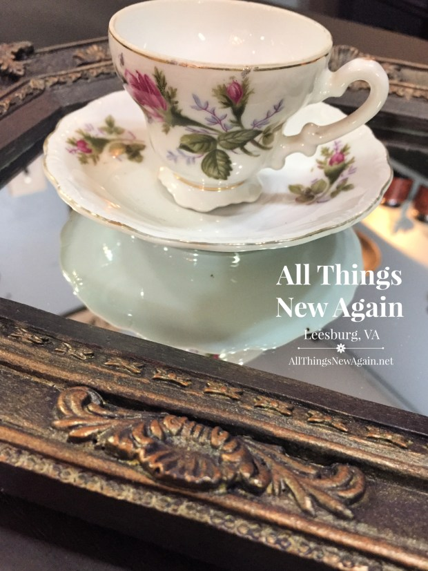 Dixie Belle Paint | Aubergine | Bronze Gilding Wax | All Things New Again | Dixie Belle Retailer