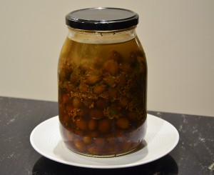Olives-in-jar-300x245